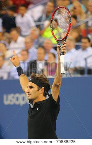 Grand Slam champion Roger Federer celebrates victory after quarterfinal match at US Open 2014