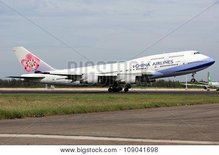 China Airlines Boeing 747-400 Airplane Taipei Taoyuan Airport