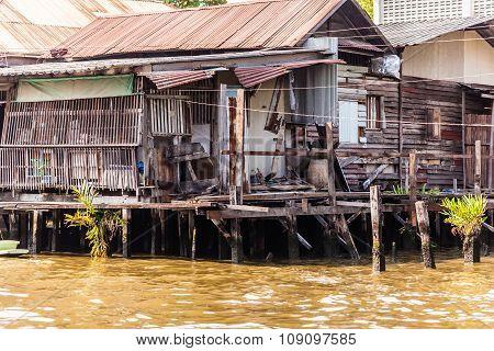 Chao Praya Slum