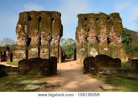 Polonnaruwa Ruin, Royal Palace, Sri Lanka