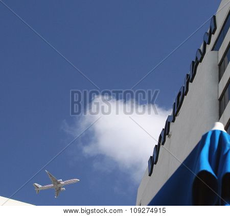 Airliner above Hotel