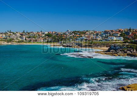 From Bondi to Coogee Beach along the Coast