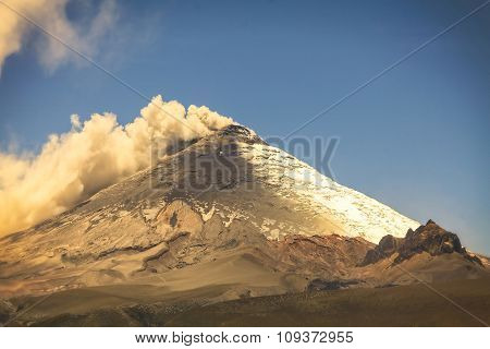 Cotopaxi Volcano, Day Explosion