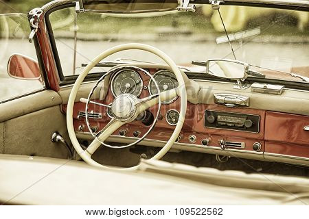 Sleza, Poland, August 15, 2015: Close Up On Mercedes Vintage Car Steering Wheel And Kockpit On  Moto