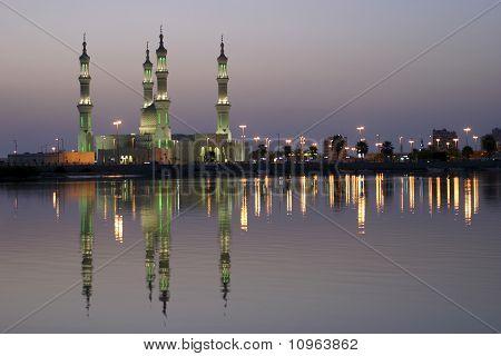 Sheikh Zayed Mosque at sunset Ra's al-Khaimah United Arab Emirates poster