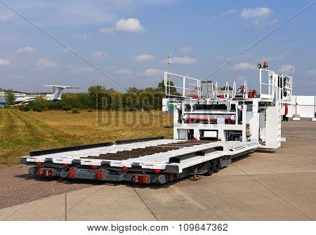 Self-propelled Platform