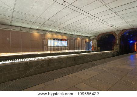 St Louis, Missouri, Usa Subway Rail Station.