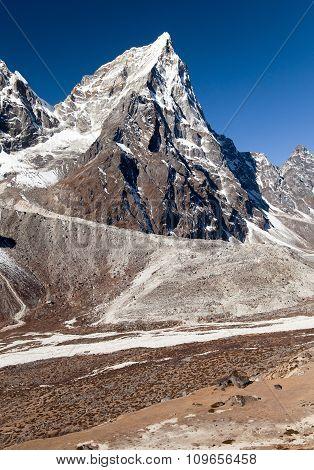Mount Arakam Tse, Peak On The Way To Everest Base Camp