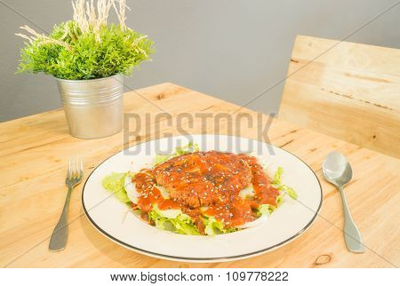 Fried Pork With Barbeque Sauce Spicy Salad