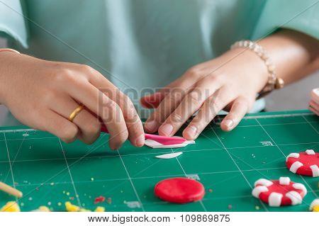 Making Of Fondant Cake