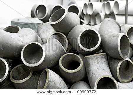 Steel parts and pipes