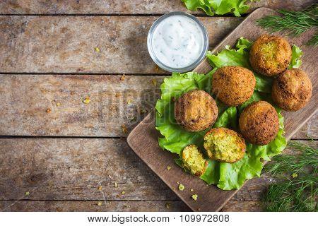 Fresh Chickpeas Falafel  With Tzatziki Sauce