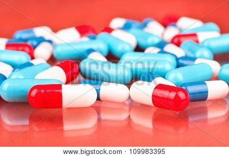 Multicolored Capsules