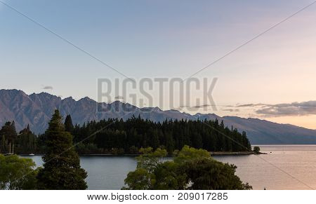Lake And Mountain Scenery In Queenstown