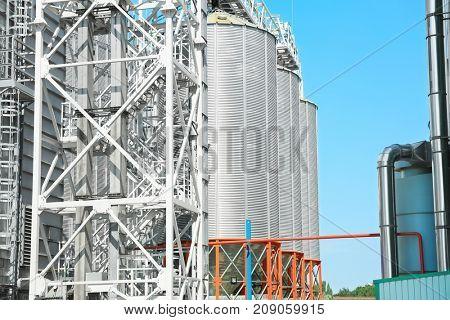 Modern grain elevator