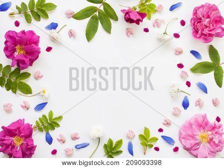 Romantic Flower Round Frame