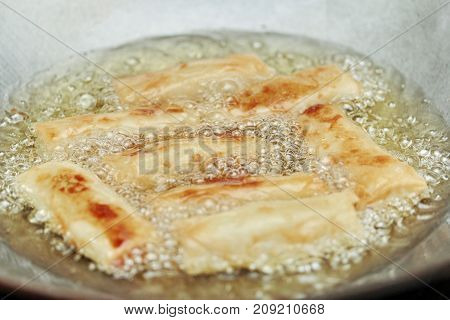 Cooking,deep Fried Spring Roll  As Four Sheet Wrap  Fried Vermicelli And Sliced Cabbage In Roll Bar