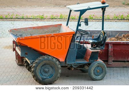 Little construction dumper carrier and rubble container