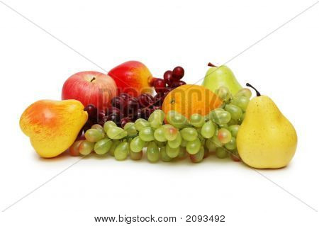 diverse Früchte isolated on white background
