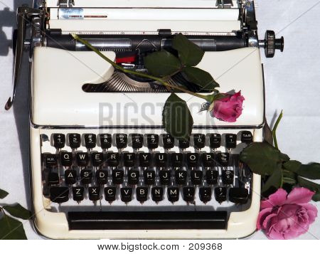 Lady Writer In Love
