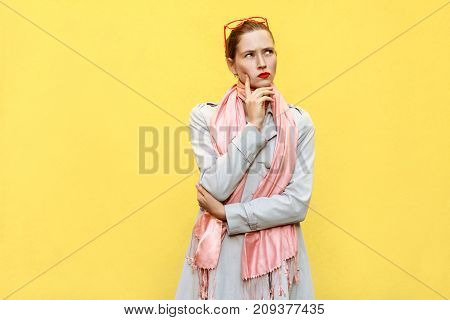 Pretty Casual Style Girl In Coat And Pink Scarf, Got The Idea  And Thinking.