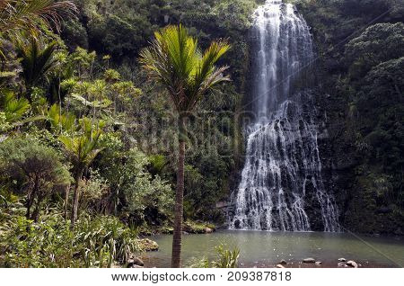 General Landscape Of Karekare Falls New Zealand