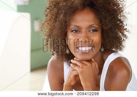 Portarit of a beautiful mature woman smiling.