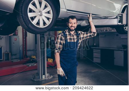 Attractive Successful Caucasian Cheerful Excited Confident Bearded Brunet Craftsman, Handyman In Spe