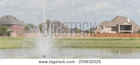 Residential Houses By The Lake In Pearland, Texas, Usa