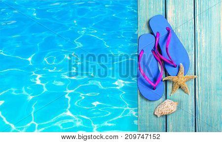 Water seashell flip-flop red blue background design