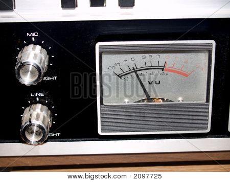 V. U Meter And Controls