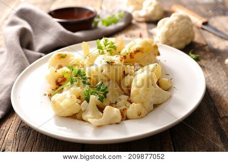 grilled cauliflower with parsley