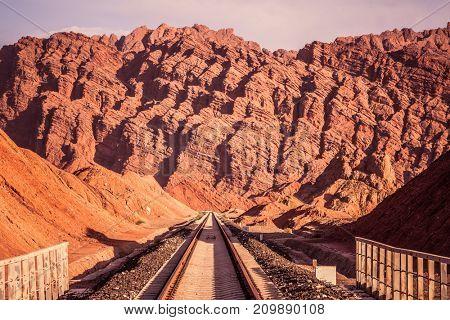 Rail and mountain