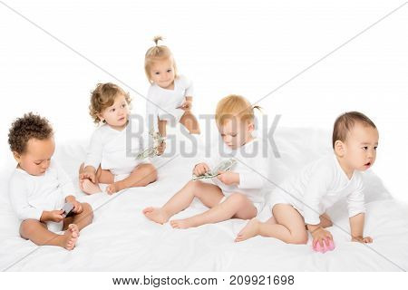 Multicultural Toddlers With Cash And Credit Cards