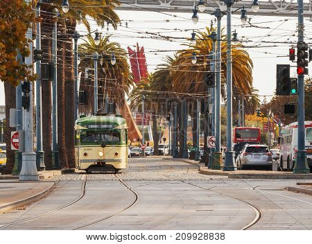 Yellow Tramcar In San Francisco