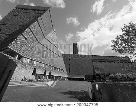 Tate Modern Tavatnik Building In London Black And White