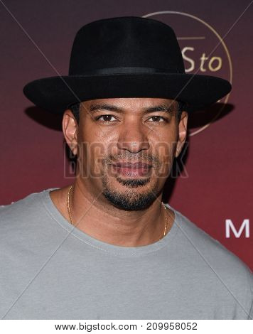 LOS ANGELES - OCT 04:  Laz Alonso arrives for the People's 'One's To Watch' Event on October 4, 2017 in Hollywood, CA
