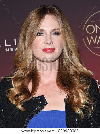 LOS ANGELES - OCT 04:  Anne Dudek arrives for the People's 'One's To Watch' Event on October 4, 2017 in Hollywood, CA