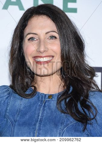 LOS ANGELES - OCT 09:  Lisa Edelstein arrives for the 'Jane' Los Angeles Premiere on October  9, 2017 in Hollywood, CA