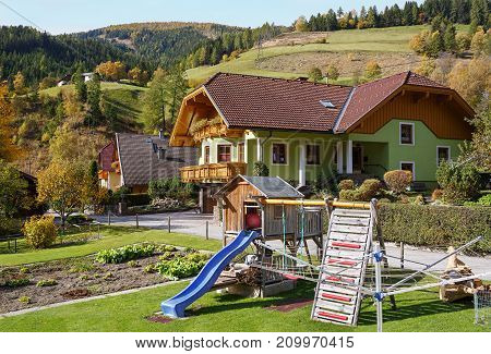 Country house in the town of Rennweg am Katschberg, located in the Katsch Valley (Katschtal) in Carinthia, Austria.