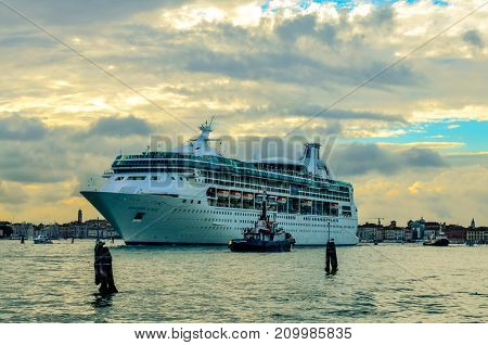 cruise ship leaves the port of Venice