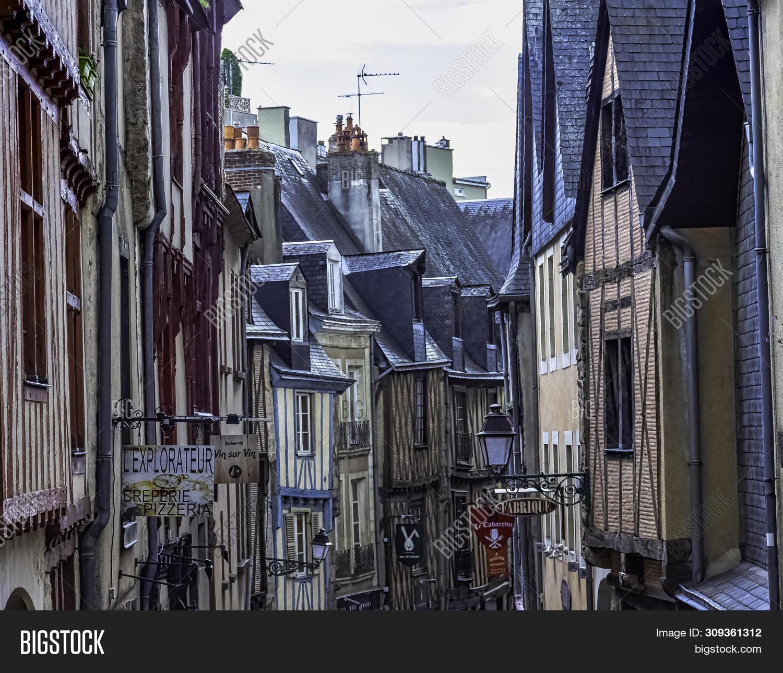 Architecte Le Mans le mans, maine, france image & photo (free trial) | bigstock