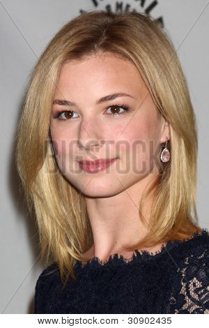 LOS ANGELES - MARCH 11: Emily VanCamp arrives at the
