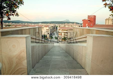 Aix En Provence, France - June 28, 2009: Panorama Of Aix En Provence From Above With A Focus On The