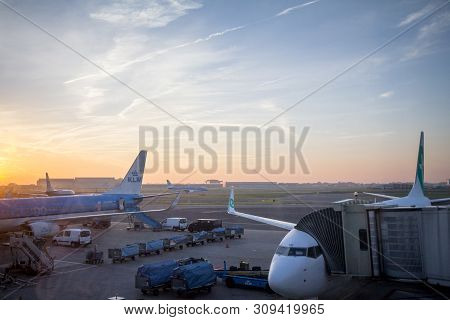 Amsterdam - Netherlands, November 15, 2018: Klm Dutch Airlines Planes Taxxing While A Transavia Plan