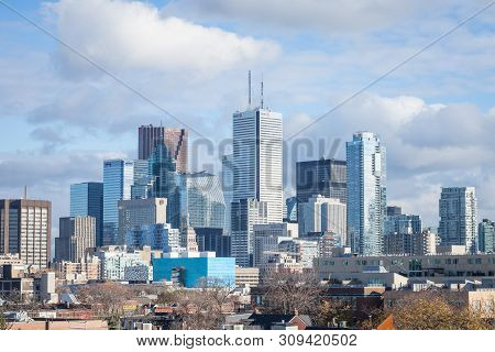 Toronto, Canada - November 13, 2018: Toronto Skyline, With The Iconic Towers And Buildings Of The Do
