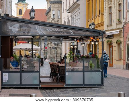Gyor Hungary 05 07 2019 Guests Can Chat And Have Coffee On The Terrace Of The Kuglofs Confectionery