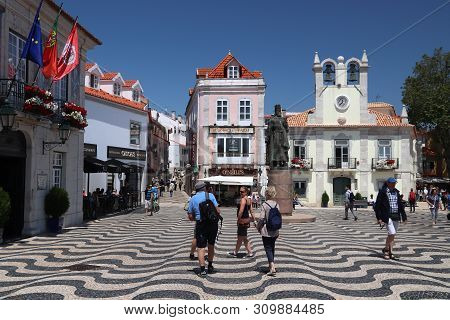 Cascais, Portugal - May 21, 2018: Tourists Visit Downtown Cascais. Portugal Had 12.7 Million Foreign