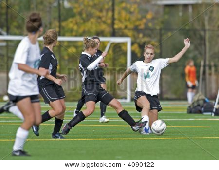 Girls Hs Varsity Soccer Steal