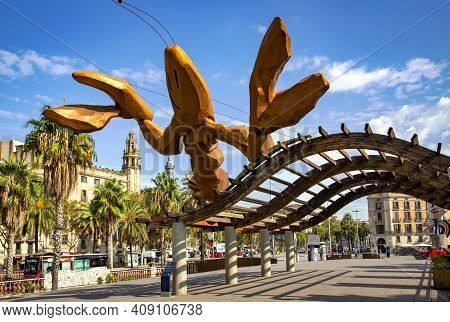 Spain, Barcelona, September, 2020: Gambrinus - Giant Happiest Lobster Sculpture With Big Pinching Cl